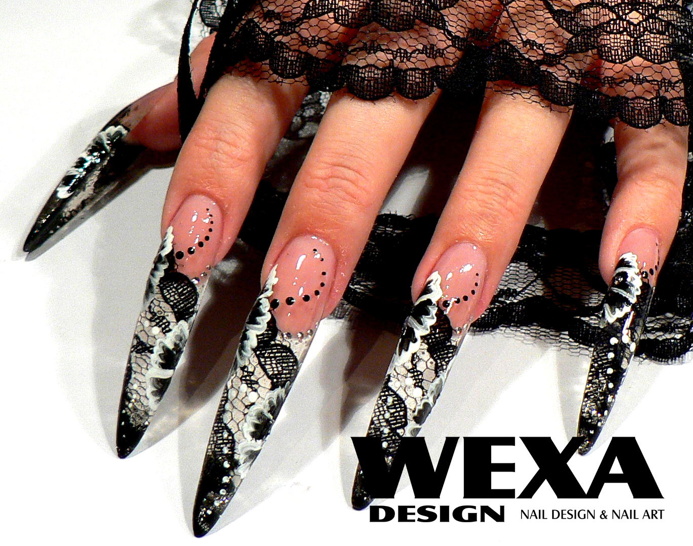 Obrazky likewise gelnagels nail art halloween further cnd shellac nail