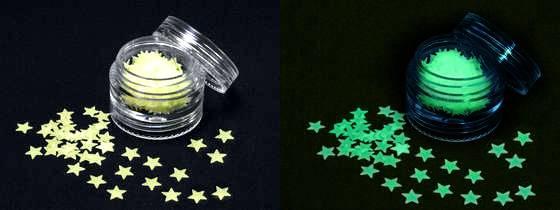 Fosforové hviezdičky na zdobenie nechtov