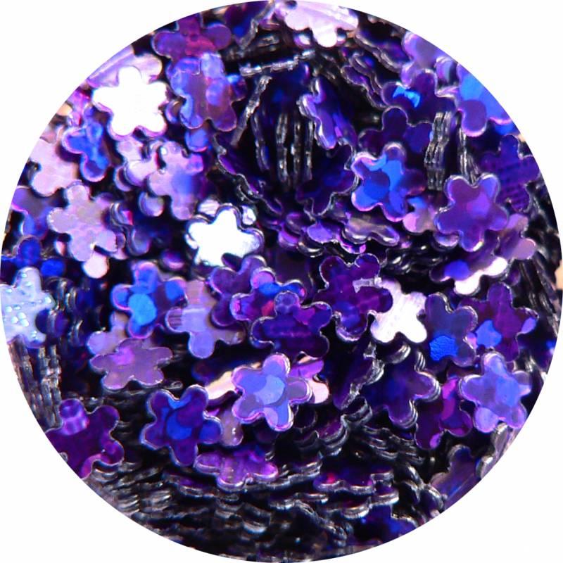 Konfety v tvare kvetiniek na zdobeniemateriálu nechtov vkladaním do modelovacieho