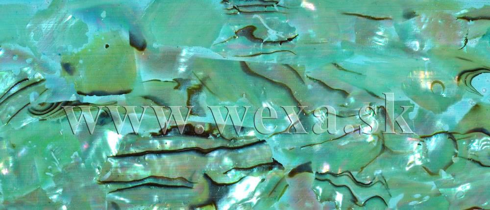 Tenké samolepiace pláty z mušloviny na zdobenie nechtov
