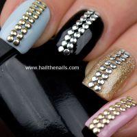 Kovová ozdoba na nechty - Silver Dots 1,5mm