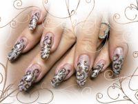 Ako použiť trblietavý prášok pri zdobení nechtov - 538119 - Gélové nechty zdobené trblietavým práškom